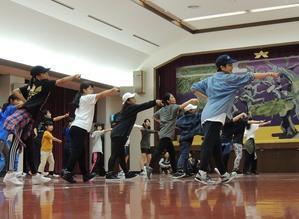 今年もnoriさんのダンスワークショップ参加者募集。 - 大朝=水のふる里から