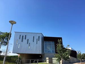 図書館とBig Little LiesとUSドラマ / Art&Architecture#196 - Japanese HousewifeのU.S.Life♪ -in Ann Arbor-