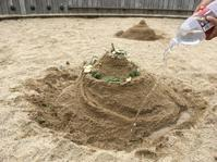 砂場でモアナの島出現っー - けいこでモンキ☆らんど