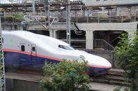 お昼のひと時 - 新幹線の写真