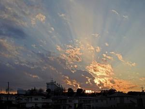 続く続く曇り空 -