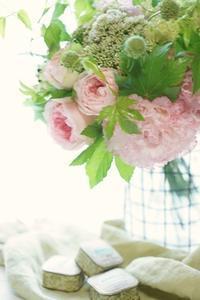 そのまま花嫁さんになれる! - お花に囲まれて