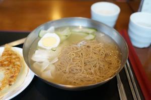 2017.6 初夏のソウル vol.3 ~冷麺と餃子と・・・ 「サンカチ冷麺」 - 晴れた朝には 改