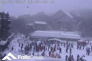 2017年8月18日 オーストラリア・Falls Creek(フォールズ クリーク)スキー場の様子 新雪30cm降ったとのことー!! - スノーボードが大好きっ!!~ snow life in 2017/2018~