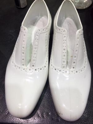ラバーシューズのお手入れ方法 - ルクアイーレ イセタンメンズスタイル シューケア&リペア工房<紳士靴・婦人靴のケア&修理>