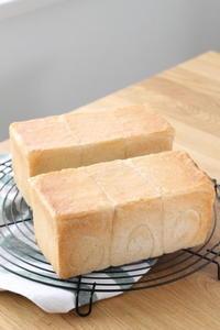 おうちモーニング - パンとアイシングクッキー、マシュマロフォンダントの教室 launa