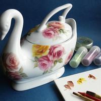 バラ柄の白鳥 - ポーセリンペインティング☆ブログ