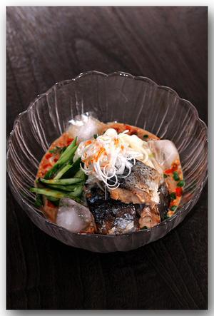 メシ通『魚介を使った簡単レシピ』 ☆ さば缶で冷やし坦々うどん! - 魚屋三代目日記