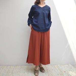 袖刺しゅうのブラウス、秋モデルが入荷しました。 - dia grande by MOUNT BLUE