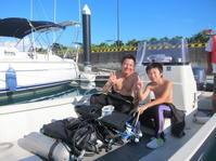 朝一番にさくっと ~糸満近海体験ダイビング~ - 沖縄本島最南端・糸満の水中世界をご案内!「海の遊び処 なかゆくい」