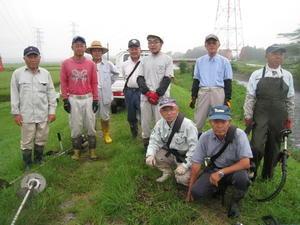 一級河川の堤防の草刈りとマムシ -
