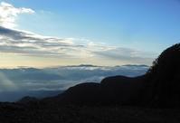 天狗岳(2日目・根石岳山荘~天狗岳~白駒池) - 歩のち登、ときどき走。
