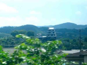 日々是日記/しゃちほこが街を睥睨する松山城下を?み歩く - 東京自由人日記