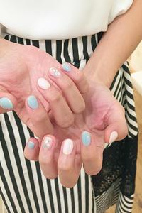 鳴神綾香さんご来店されました。夏らしいターコイズブルーのネイル - 表参道・銀座ネイルサロンtricia BLOG