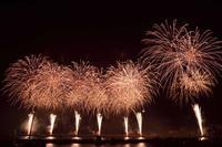 経験がものを言う…熱海の花火 - Taro's Photo