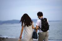 浜辺を歩く人々(2) - 一人の読者との対話