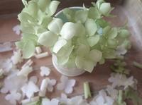 グリーンのあじさい - handmade flower maya