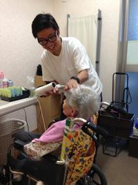 介護施設の夏祭り☆ヘアセットとネイルのボランティア - 三重県 訪問美容/医療用ウィッグ  訪問美容髪んぐのブログ