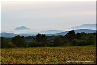 雲に浮かんだ恵庭岳 - 北海道photo一撮り旅