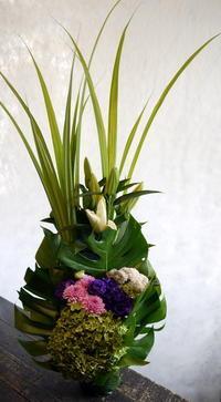 一周忌に。豊平6条にお届け。2017/09/02。 - 札幌 花屋 meLL flowers