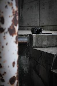 赤外線の日々を待つ黒眼鏡のカメラ - Film&Gasoline