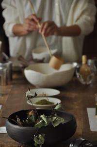 日本茶こよみー「月に想う 旧暦文月十三夜」 - きままなクラウディア
