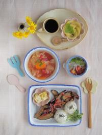 ホーローのような器で朝ごはん - 陶器通販・益子焼 雑貨手作り陶器のサイトショップ 木のねのブログ