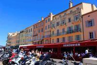 Saint-Tropez  Vieux port(旧港)はすごい人でした。 - くりくりのいた午後 bis