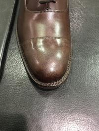 ハイシャインの落とし方 - ルクアイーレ イセタンメンズスタイル シューケア&リペア工房<紳士靴・婦人靴のケア&修理>