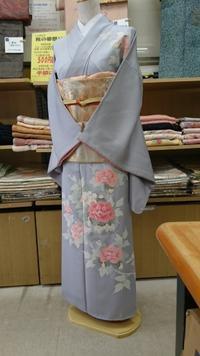 トルソーさん着物チェンジ!~友禅タイプ訪問着 - たんす屋新小岩店ブログ