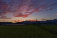 燃ゆる二上山 ~鞍昇り - katsuのヘタッピ風景