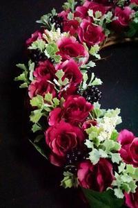 アーティフィシャルリース人気続きます - お花に囲まれて