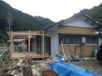 ウッドデッキ作成DIY 塗装:屋根:塩ビトタン - 名古屋市の不動産情報をお届けします。大丸屋不動産:古民家再生中!