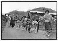 80年代夕張124・子供みこし - 萩原義弘のすかぶら写真日記