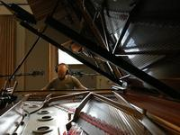 Kari Ikonen - スゥーデンのスタジオで録音中 - タダならぬ音楽三昧