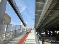 小袋谷跨線橋(大船立体)と横須賀線 - 某の雑記帳