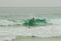 波と遊ぶb - 雲空海
