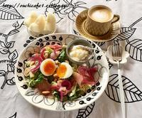 【おうちごはん】カルディの大好きなリピ品ととろ~り半熟卵サラダの朝ごはん&ラテ再開 - 10年後も好きな家