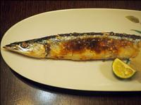 スマートな秋刀魚の塩焼きと豚汁 - 人形町からごちそうさま