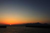 長崎に落ちる夕日を望むⅠ。 - 青い海と空を追いかけて。