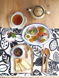 カレーで朝ごはん。 - 陶器通販・益子焼 雑貨手作り陶器のサイトショップ 木のねのブログ