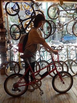 9月18日渋谷原宿の自転車屋FLAME bike前です -