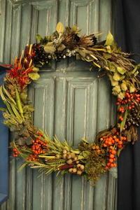 秋のリース70㎝ - 北赤羽花屋ソレイユの日々の花