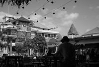 Cafe - floating mind