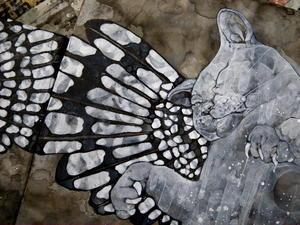 歪な羽根を持つ白猫(イビツナハネヲモツシロネコ) -