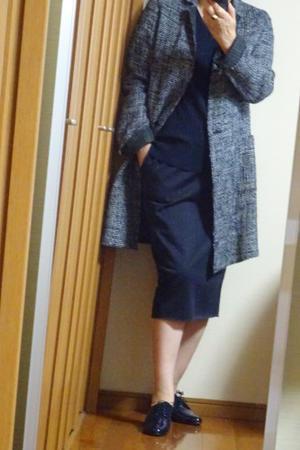 NAVYのコーディネイト、セミタイトスカートで - おしゃれ自己満足日記