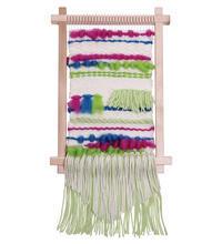 「ウィーヴィング タペストリー」~手織りで素敵な壁掛けをお部屋に~ - ヴォーグ学園心斎橋校ブログ