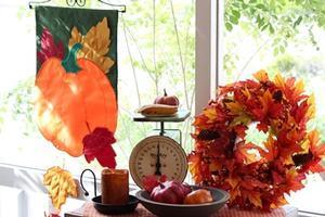 葉っぱがゆれる秋のガーデンフラッグ -