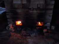 窯に火を入れる - 冬青窯八ヶ岳便り
