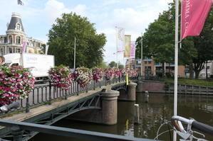 アムステルダム、国立ミュージアムその2 - 絵を描きながら